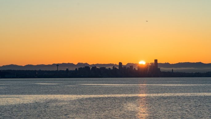 photo-of-seattle-skyline-during-golden-hour-2539463